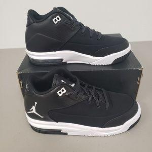 Kid's Jordans Size 4